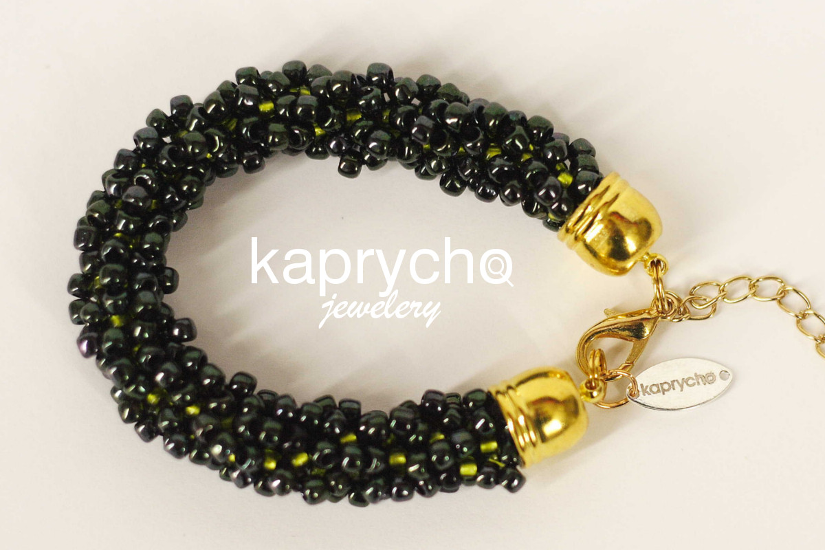 kaprycho_black_green_gold